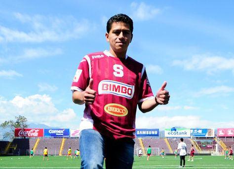 Carlos Saucedo El Saprissa presenta a su nuevo delantero el boliviano
