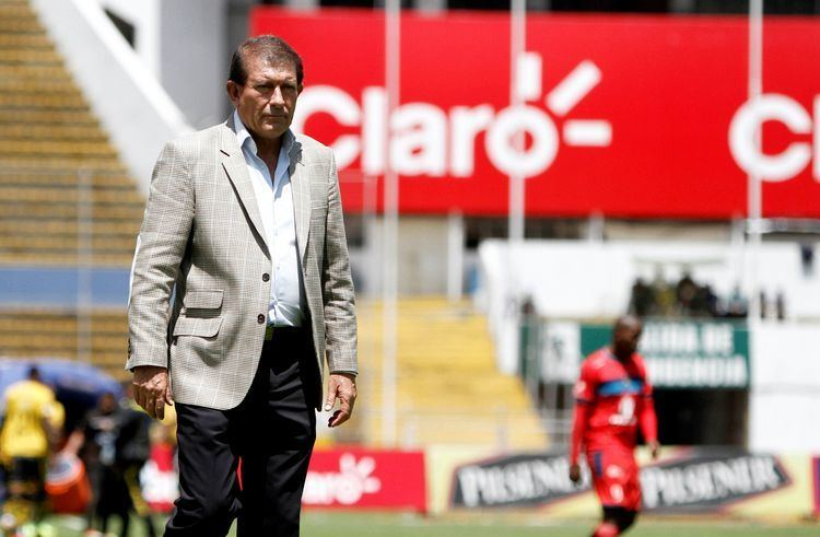 Carlos Sevilla Sevilla Nosotros necesitamos jugadores de gran nivel