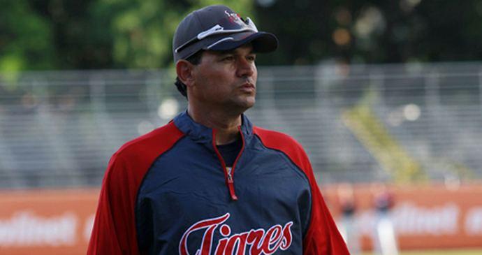 Carlos Subero Carlos Subero toma las riendas de los Tigres en la LVBP