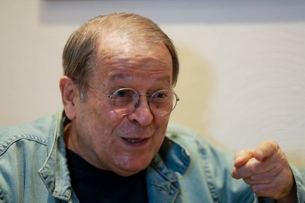 Carlos Vereza EGO Carlos Vereza fala sobre contato com espritos Batem na