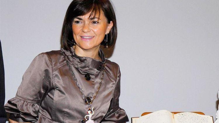 Carmen Calvo Poyato Pedro Snchez ficha a la exministra Carmen Calvo para su equipo de
