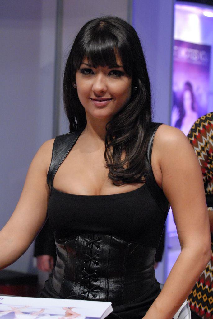 Carmen Hart