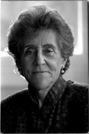 Carmina Virgili Carmina Virgili defensora de la libertad y la inteligencia Espaa