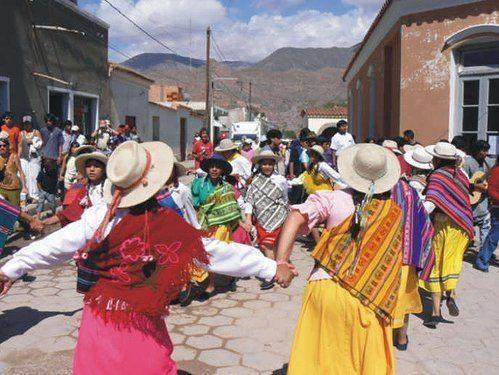 Carnavalito httpsuploadwikimediaorgwikipediacommons66