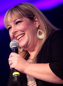 Carnie Wilson httpsuploadwikimediaorgwikipediacommonsthu