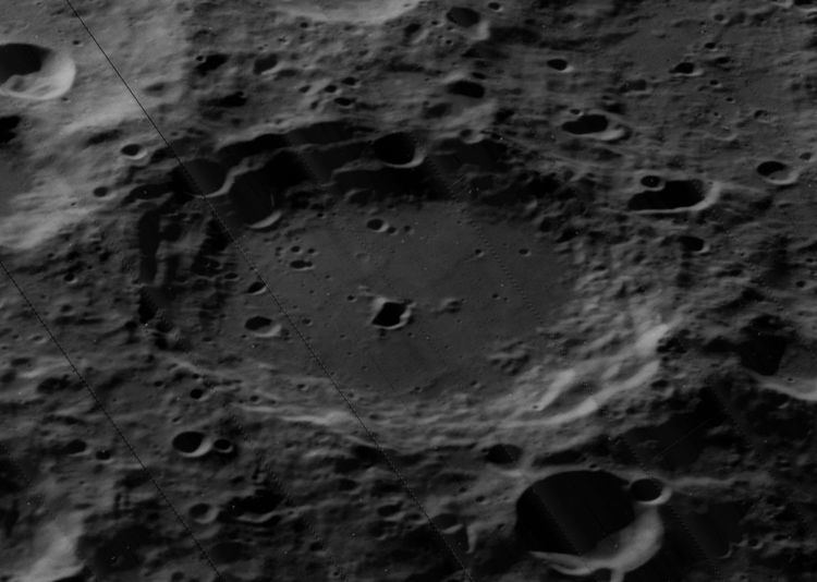 Carnot (crater)