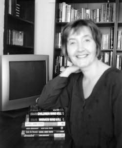 Carol Anne Davis httpsimgfantasticfictioncomimages16009jpg