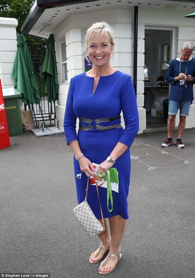 Carol Kirkwood BBC39s Carol Kirkwood looks for men to date her SEBASTIAN