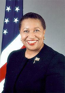 Carol Moseley Braun httpsuploadwikimediaorgwikipediacommonsthu