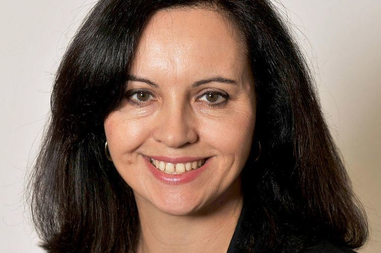 Caroline Flint Classify prominent Labour Party MP Caroline Flint and where can she