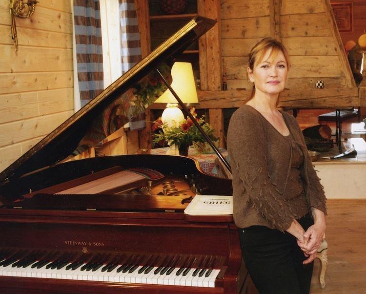 Caroline Haffner Princess Caroline Murat Caroline Haffner piano International