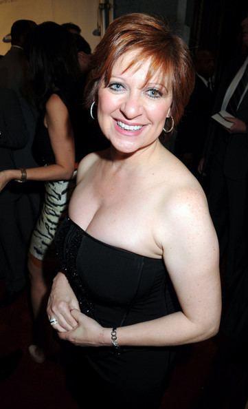 Caroline Manzo Caroline Manzo Photos Red Carpet at the Samsung Hope for