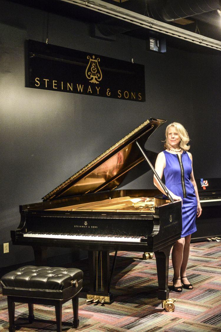 Caroline Oltmanns Album Launch Party Venezia e Napoli by pianist Caroline Oltmanns