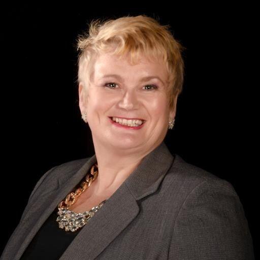Carolyn Harris (politician) labourlistorgwpcontentuploads2014109bw2fBjpeg