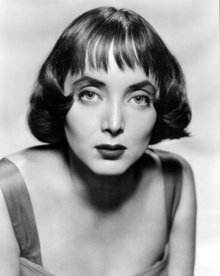 Carolyn Jones httpsuploadwikimediaorgwikipediacommons66