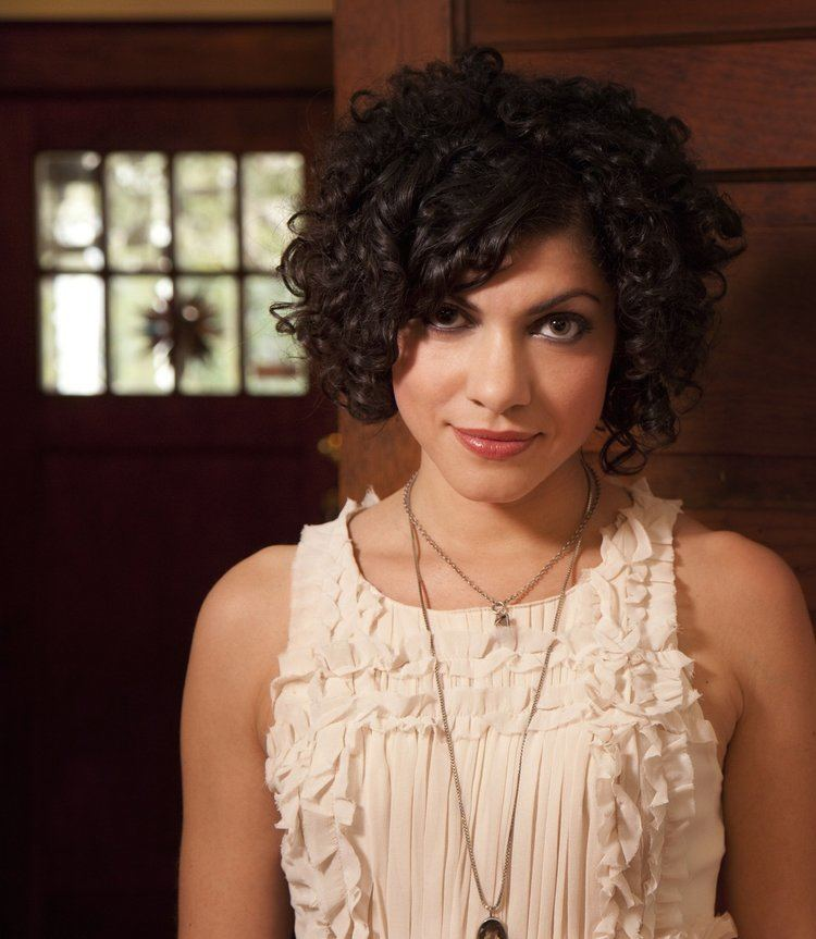 Carrie Rodriguez REVIEW Carrie Rodriguez puts her twist on other people39s
