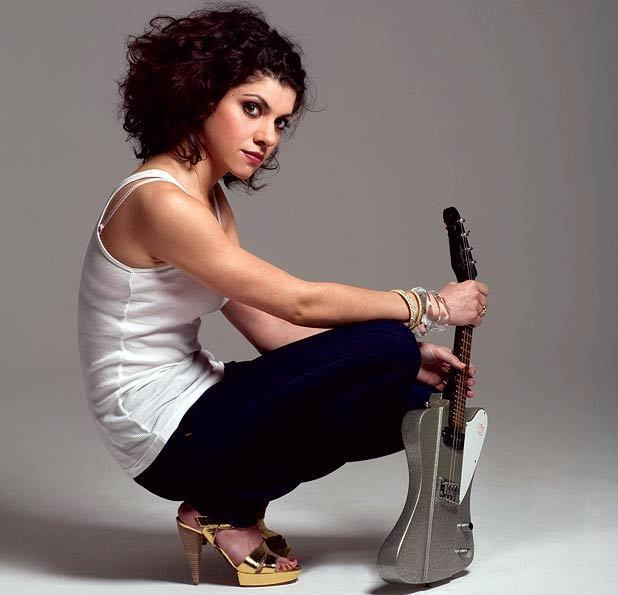 Carrie Rodriguez Carrie Rodriguez the girls are