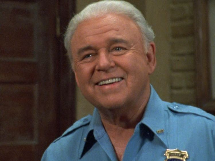 Carroll O'Connor Carroll OConnor as Chief Gillespie In the heat of the night