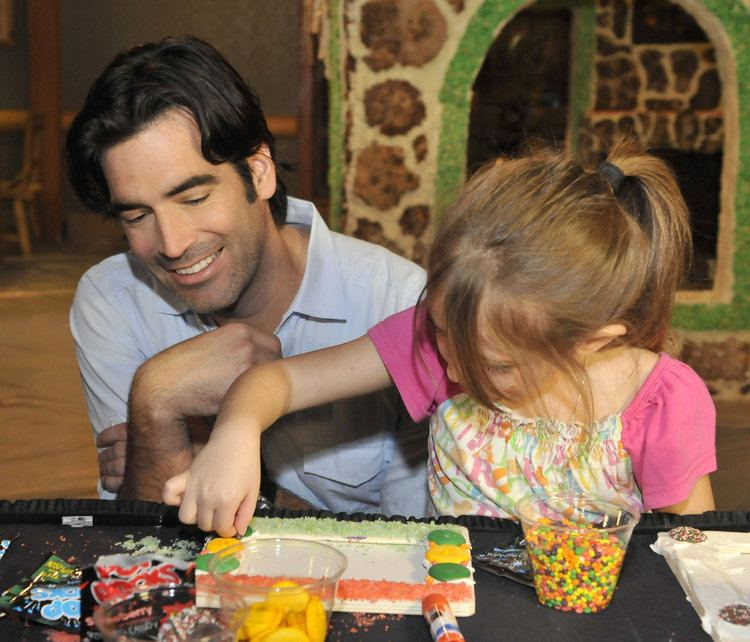 Carter Oosterhouse 2013 Michiganders to Watch Carter Oosterhouse HGTV personality and