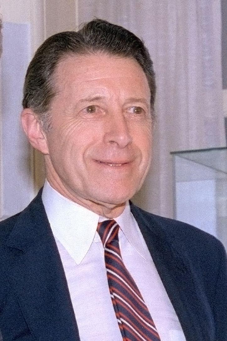 Caspar Weinberger FileCaspar Weinberger1jpg Wikimedia Commons