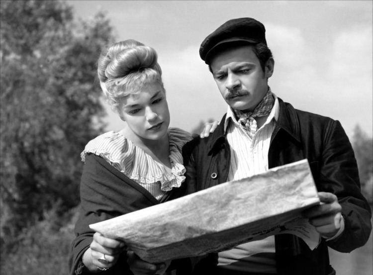 Casque d'Or 1952 Golden Helmet Film 1950s The Red List