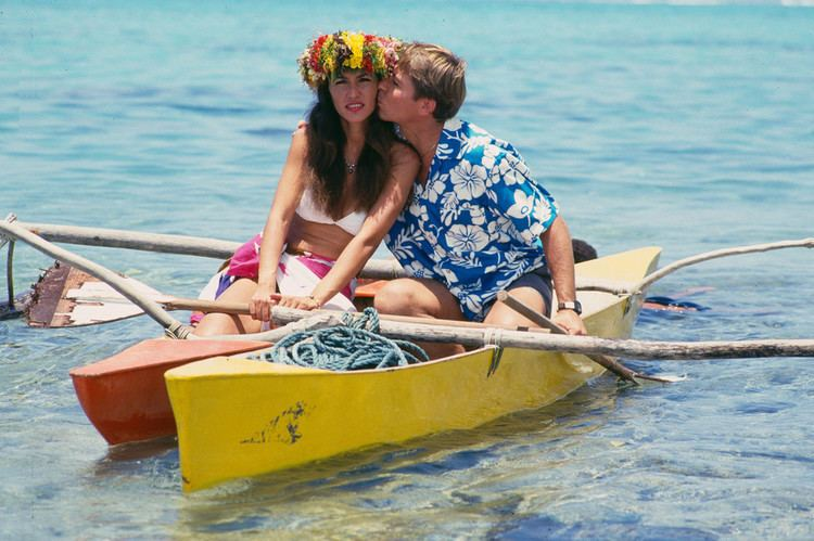Cassandra Delaney Kiss in Jonathan Winters File Photos Zimbio