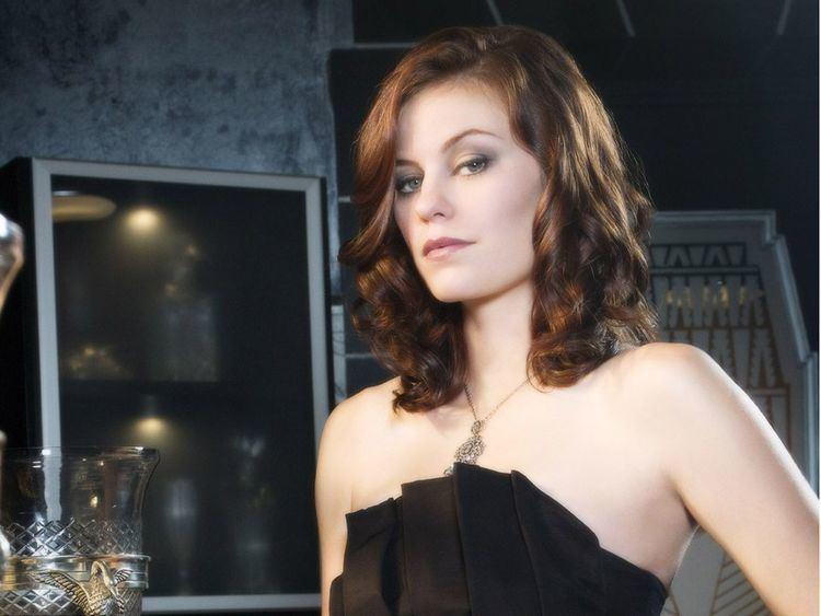Cassidy Freeman Cassidy Freeman Talks LONGMIRE SMALLVILLE and Her Band
