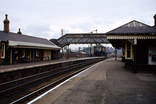 Castleford railway station Castleford Railway Station platform and buildings early 7 Flickr