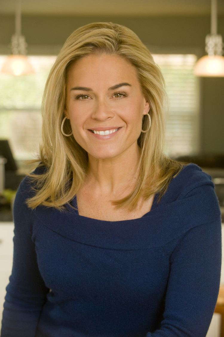 Cat Cora Saladbration Luncheon with Cat Cora and Almond Accents