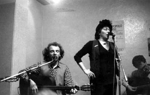 Caterina Bueno Canzoni contro la guerra Battan l39otto