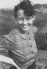 Catherine Bauer Wurster httpsuploadwikimediaorgwikipediacommons33