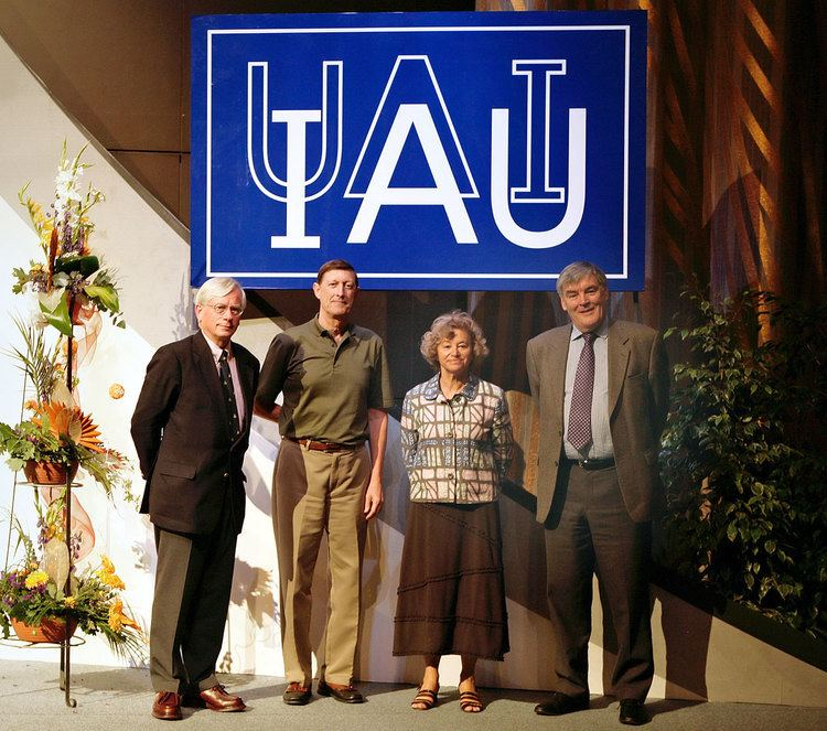 Catherine Cesarsky The International Astronomical Union elects Catherine Cesarsky as