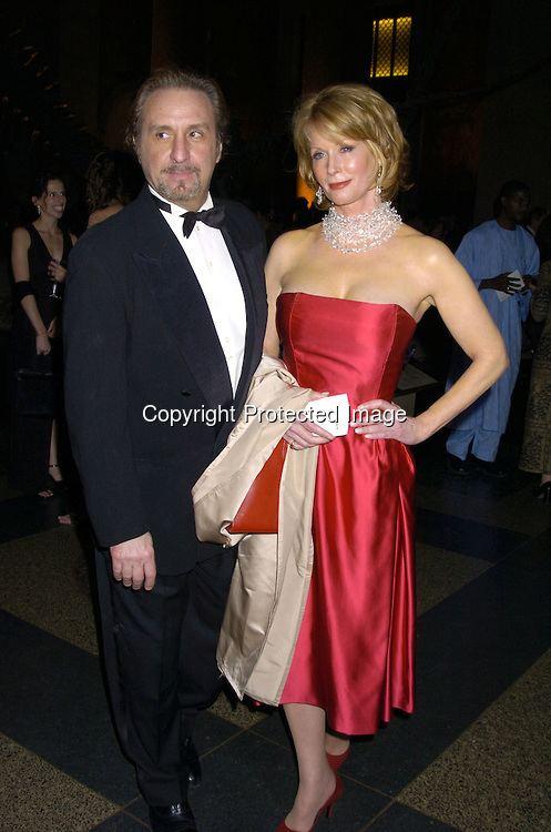 Catherine de Castelbajac 9263 Ron Silver and girlfriendjpg Robin PlatzerTwin Images