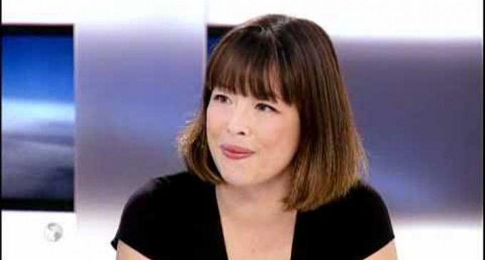Catherine Graciet Catherine Graciet collaborait sur le documentaire des deux