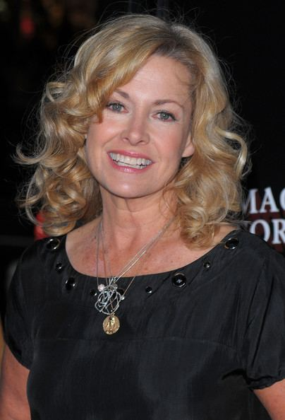 Catherine Hicks Charitybuzz Dinner for 2 with 7th Heaven Star Catherine