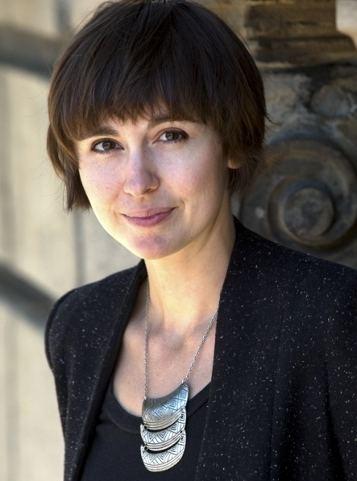 Catherine Leroux Catherine Leroux auteur de Le mur mitoyen Babelio