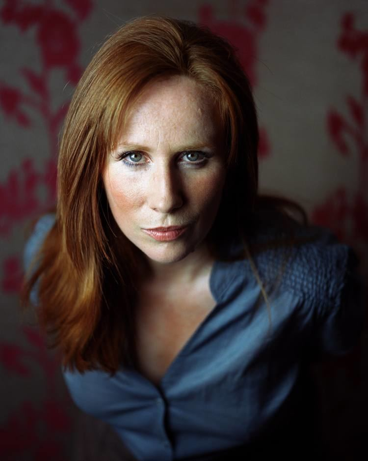 Catherine Tate CATHERINE TATE WALLPAPERS FREE Wallpapers amp Background
