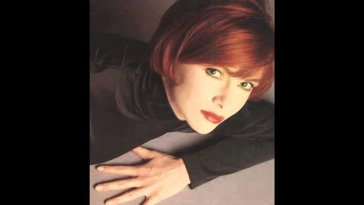 Cathy Dennis Cathy Dennis Toxic Demo for Britney Spears YouTube