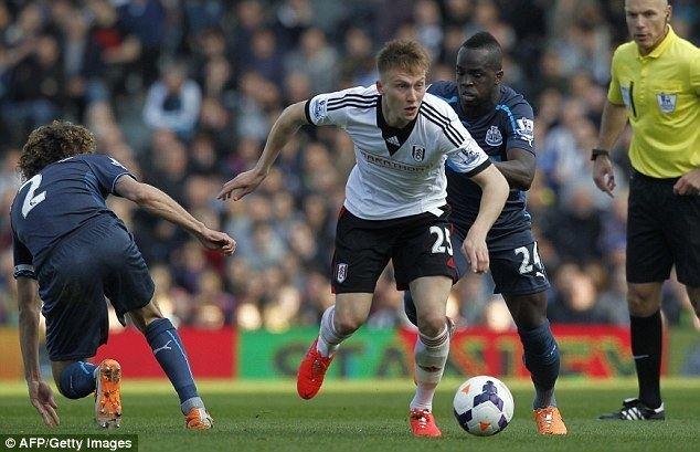 Cauley Woodrow In the Spotlight Profile of Fulham striker Cauley Woodrow