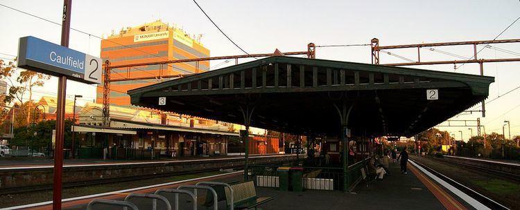 Caulfield railway station