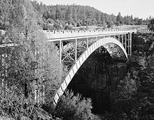 Cedar Canyon Bridge httpsuploadwikimediaorgwikipediacommonsthu