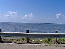 Cedar Creek Reservoir (Texas) httpsuploadwikimediaorgwikipediacommonsthu