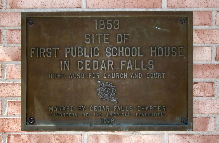 Cedar Falls High School