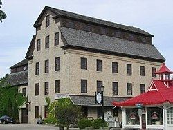 Cedarburg Mill httpsuploadwikimediaorgwikipediacommonsthu
