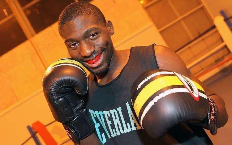 Cedric Doumbe Sport de combat le charentais Doumb la conqute du monde vido