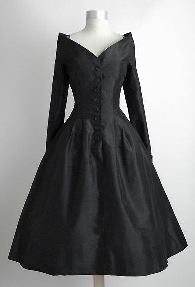 Ceil Chapman HEMLOCK VINTAGE CLOTHING 1950s Ceil Chapman Silk Sculptured