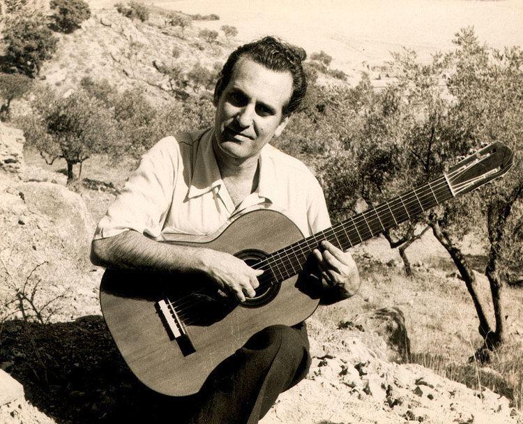 Celedonio Romero Celebrating Celedonio Romeros 100th Anniversary Blog Guitar