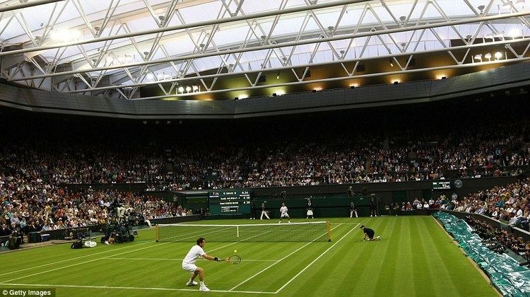 Centre Court WIMBLEDON 2011 Centre Court39s new roof puts a dampener on Andy