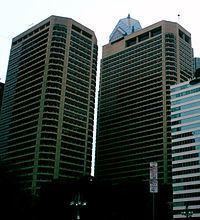 Centre Square (building) httpsuploadwikimediaorgwikipediacommonsthu