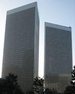 Century Plaza Towers httpsuploadwikimediaorgwikipediacommonsthu